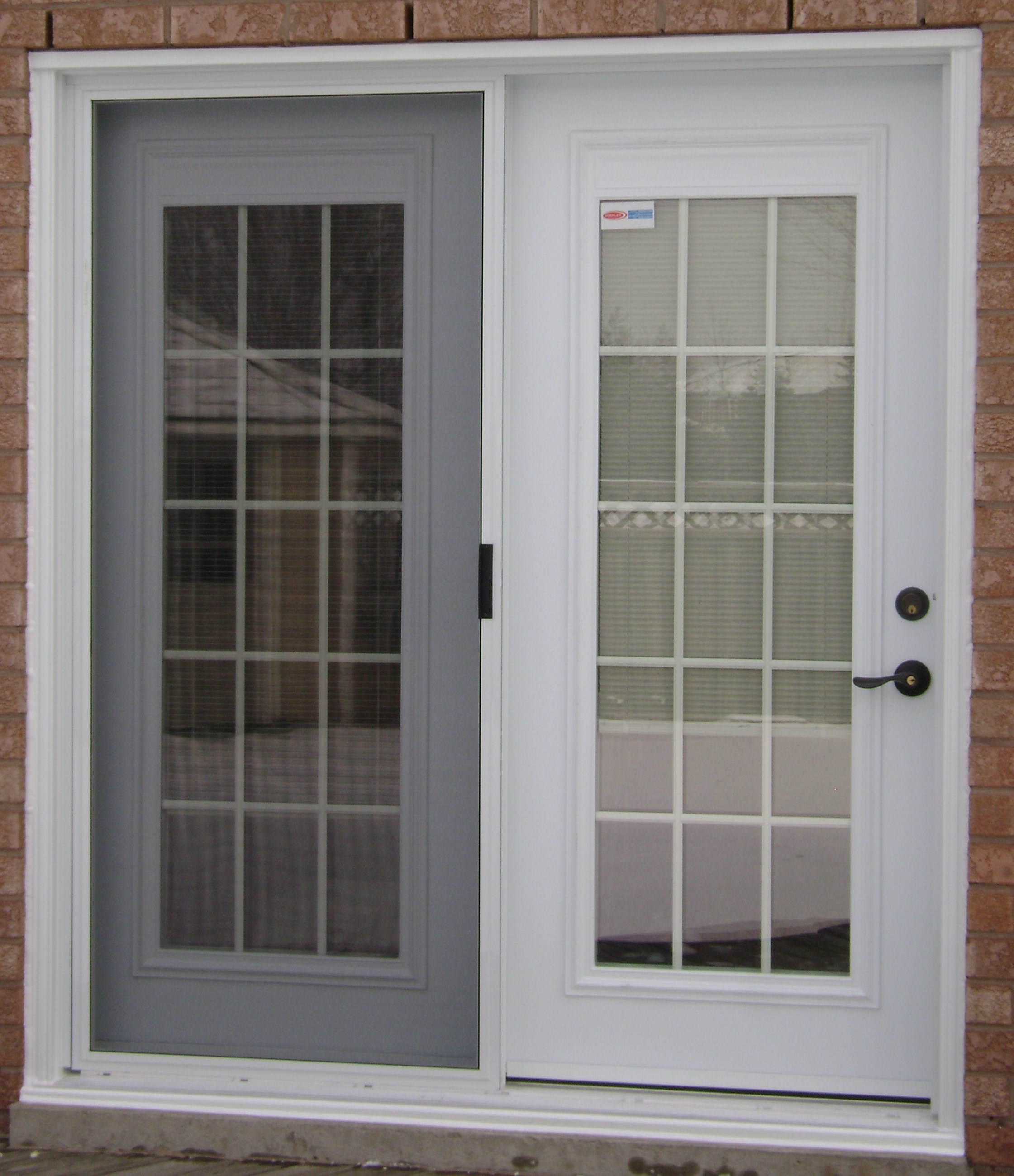 French doors garden doors mississauga french garden for Main door with french window